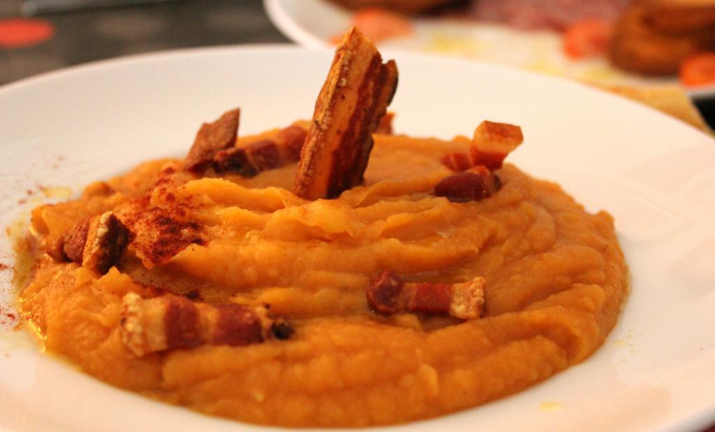 Patatas machaconas plato tradicional extremeño